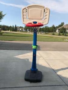 Step 2 Adjustable Basketball Net