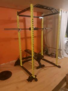 Poid libre avec rack à squat