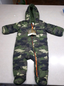 NWT Baby Gap Camoflague 6-12 months snowsuit-$40