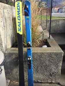 Salomon Pocket Rocket twin tip skiis