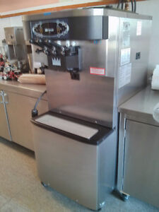 Taylor Ice Cream Machine Windsor Region Ontario image 1