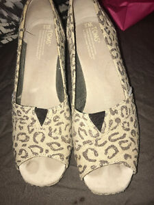 Toms 9W Wedges