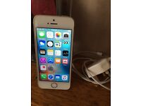 iPhone 5S Gold 16GB in very good condition