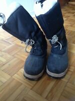 Windriver winter boots size 8