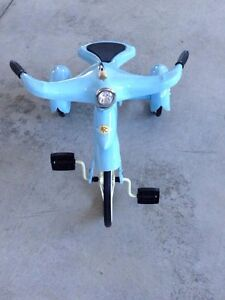 Perfect for Christmas! Vintage Style Air Flow Sky King Trike London Ontario image 2