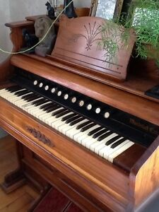 Antique Pump Organ.