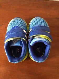 Infant size 4 boys adidas ortholites running shoes Cambridge Kitchener Area image 4