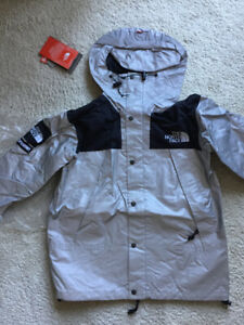 FOR SALE: SUPREME x NORTH FACE 3M JACKET (SIZE MED)