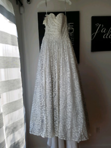 Alfred Angelo Wedding / Prom Dresse  Size 4