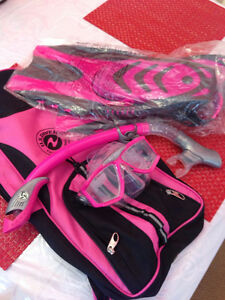 US Divers Ladies Snorkel Kit