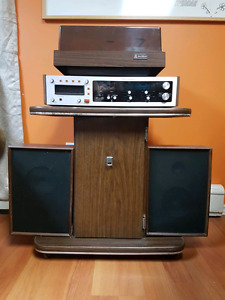 Vintage Candle Stereo w/ BSR Turntable tested and works.