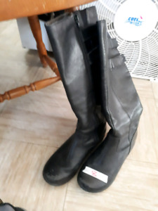 4 pairs of knee high boots
