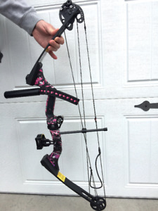 DARTON Ranger X Archery Bow and Accessories