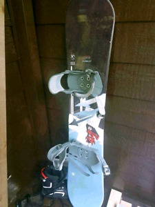 Snow bord with boots and bindings for sale