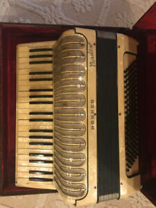 Horner Verdi Accordian with vintage song books and case