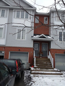 Town home Available for Rent from September 1 in Bells Corner
