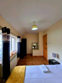 Cozy Rooms in Barking