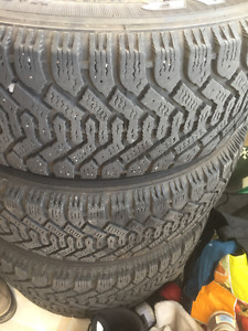 215/60R16 Goodyear Nordic winter tires with rims - set of 4