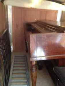 Piano $50.00 OBO, able to deliver