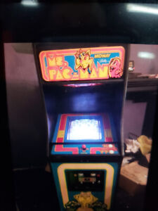 Ms Pac Man Arcade coin op Man cave