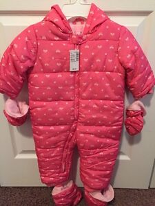Brand New Snowsuit. 12-18 Months.