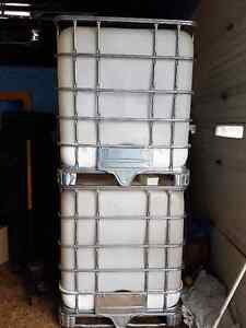 1000 litre totes for sale..New cages