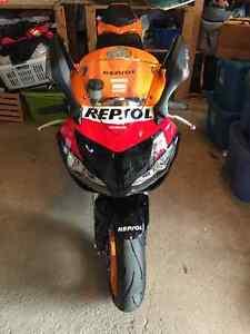 2009 Repsol Honda ( 1000rr )