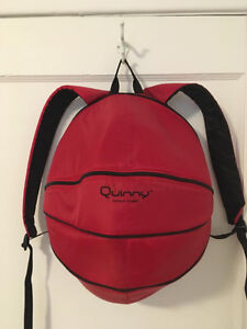Sac a couche Quinny, format sac a dos, Neuf