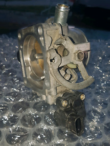Toyota  throttle body and sensors xrs 2zz-ge engine