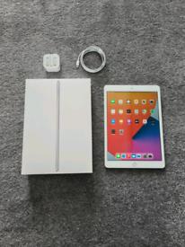 3 Month Old Ipad 8th Generation 10.2 32GB WiFi I Pad Eight 8 Warranty