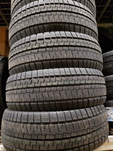 4 pneus d'hiver neufs Sunny 225/40r18  / winter tires new Sunny!