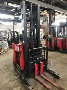 Raymond 3000 lb cap easi reach truck -R 30 TT!