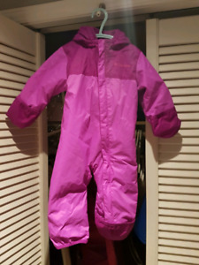 Columbia winter snow suit Excellent like new condition 6-12mth