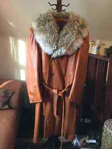 Gorgeous men's vintage leather trench coat with fur trim