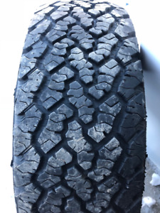 1x pneu d'hiver 265/70R18 116s General Grabber AT2