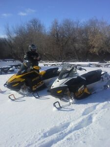 2010 and 2011 Skidoos - low kms