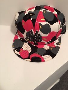 Great 71/4 size hat
