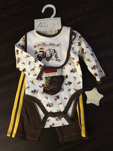 BNWT Construction Outfit 0-3 Months $15
