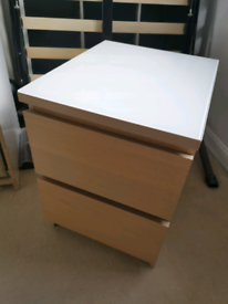 IKEA Malm Chest of 2 Drawers with removable Glass top