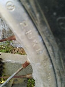 HONDA CR500 FRONT AND REAR RIM IN GOOD CONDITION WITH TIRES Windsor Region Ontario image 7