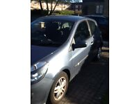Renault Clio in excellent condition long mot