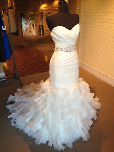Gorgeous Maggie Sottero Divinia wedding dress