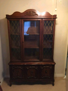 Hutch and Buffet with FREE delivery