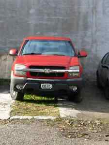 2003 Chevy Avalanche 4x4.