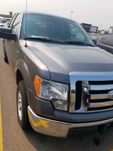 2011 Ford F150 with box liner and tool box
