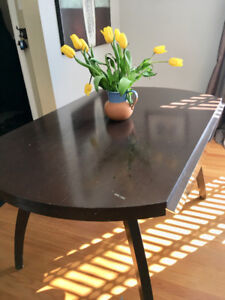 Chestnut round/rectangle dining table