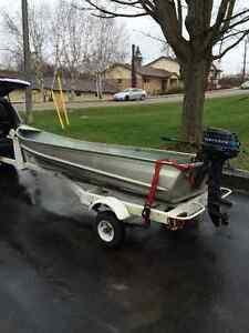 12' Aluminum Boat/Motor/Trailer $1200 !!