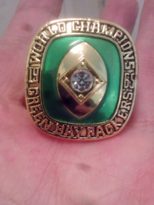 LARGE HEAVY GREEN BAY PACKERS SUPER BOWL CHAMPIONSHIP RING