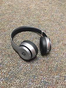 Beats Solo 2 Wireless - Spacegray