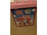 Mega Bloks Pony Stable Building Block Bucket